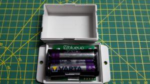 Das BlueUp Maxi mit eingesetzten Batterien